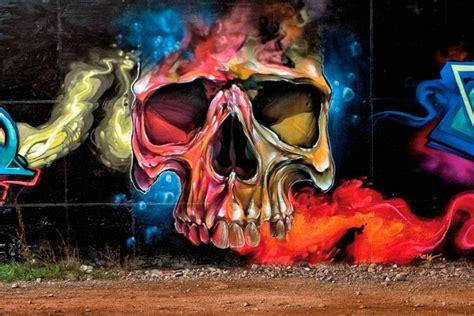 30 skull graffiti