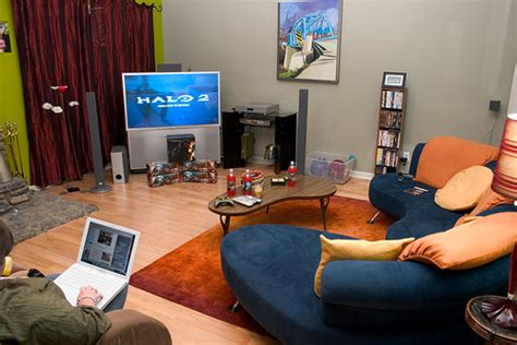 is livingroom one word prepped for halo 3 prepped ready for halo 3 s release