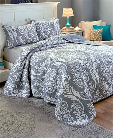 cheap quilts and coverlets unique comforters and bedspreads cheap quilt sets lakeside