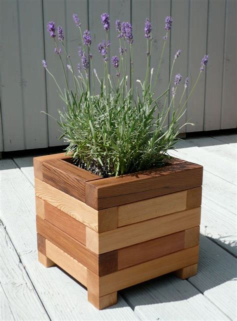 Diy Cedar Planter Box Woodworking Projects Plans Cedar Planter Box