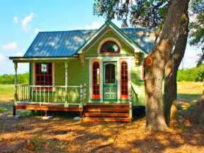 Unique Small Home Builders Bloombety Unique Small Colorful Homes Design Ideas
