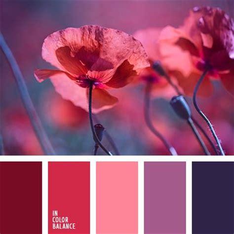 los colores rosado  lila claro armonizan muy bien  el