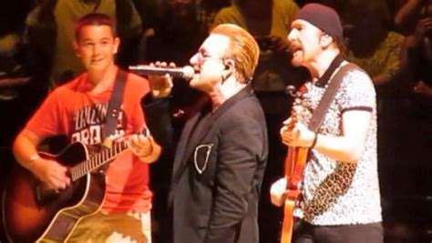 u2 fan access fan joins u2 onstage in boston to play guitar allaccess com