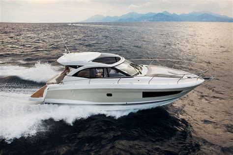 best cruiser boats 2016 top 10 cruisers of 2016 boats