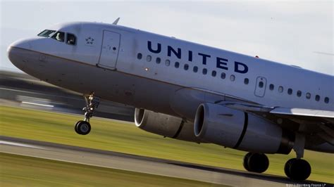 united baggage international united airlines will staff sky harbor with its own