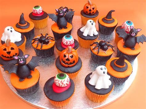 halloween cupcakes halloween cakes decoration ideas little birthday cakes