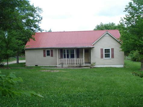 1348 mapleash ave columbia tennessee 38401 foreclosed