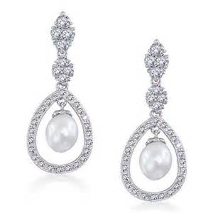 Home bling jewelry bridal pearl pave cz silver teardrop chandelier