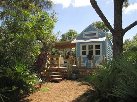 tiny house houston tiny houses a big trend in new tv shows houston chronicle