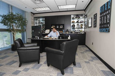 Nfl Office by Photos Inside Rivera S Office