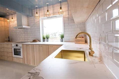 comptoir de dekton aura cuisine dosseret blanc with
