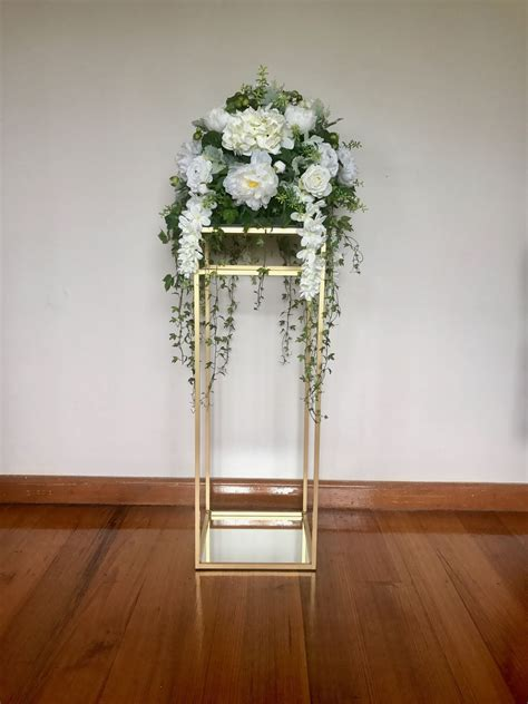 Flower Stand Ferris Gold stand wedding designs decorations rowville easy weddings