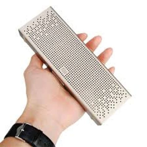 Speaker Xiaomi Mi Bluetooth Gold портативная bluetooth колонка xiaomi mi bluetooth speaker
