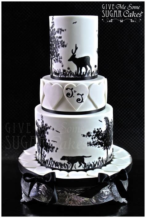 Hochzeitstorte Jagd by Wedding Cake Camo Wedding