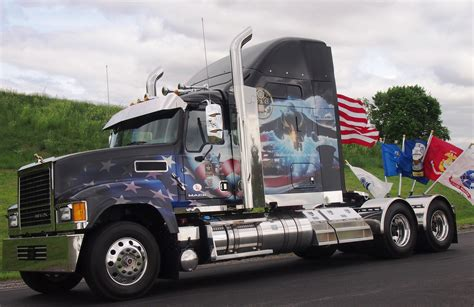 mack employees honor fallen military heroes  ride  freedom nexttruck blog industry