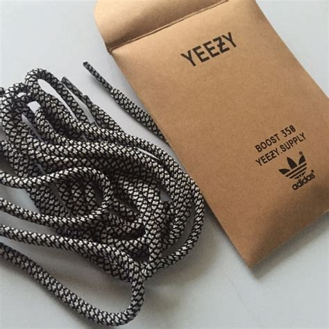 10 Accessories To Boost Any by 40 Yeezy Accessories Yeezy Boost 350 Turtle Dove