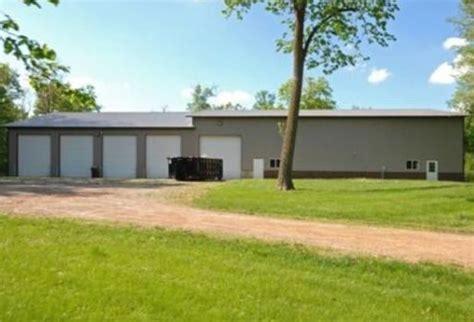 brock lesnar house brock lesnar selling minnesota home for 799 000 larry brown sports