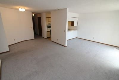 2 bedroom apartments mankato mn 2 bedroom apartments in mankato 2 bedroom apartment 408