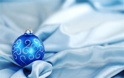 wallpaper christmas balls christmas balls wallpapers movie hd wallpapers