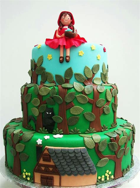 Beautiful Little Red Riding Hood Cake Designs One