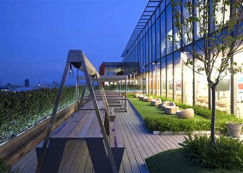 google design london cool and sustainable offices google s super headquarters