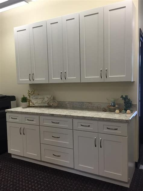 upper cabinets for sale the shaker white 7 display is also for sale it