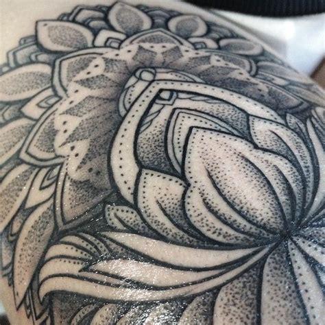 mandala tattoo glasgow 25 best ideas about dot work tattoo on pinterest
