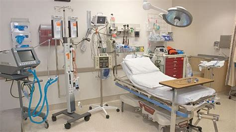 cabrini hospital emergency room try to stay away from 2 east end ers health officials