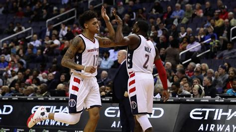 john wall bench press john wall wanted to see more kelly oubre too 171 cbs dc
