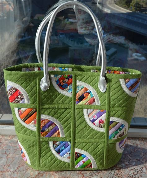 How To Make A Patchwork Quilt Bag - quilted patchwork bag tote diy tutorial ideas