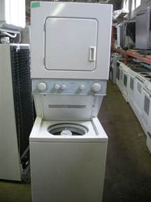 Stackable Washer Dryer For Apartment 25 Best Ideas About Compact Washer And Dryer On