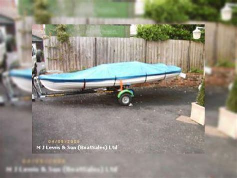grp rowing boats for sale 16ft double rowing skiff grp simulated clinker for sale