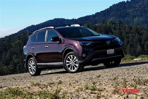 Toyota Crossover Suv 2016 Toyota Rav4 A Better Quieter Suv Aiming To Be