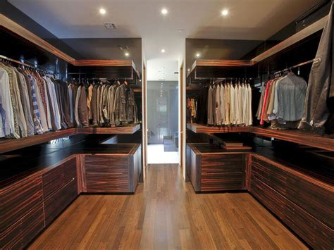 Wood Walk In Closet by 15 Exles Of Walk In Closets To Inspire Your Next Room