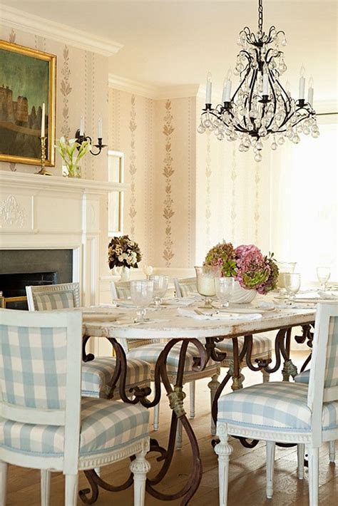 Traditional Dining Room Tables by Traditional Dining Table And Chairs The Choice