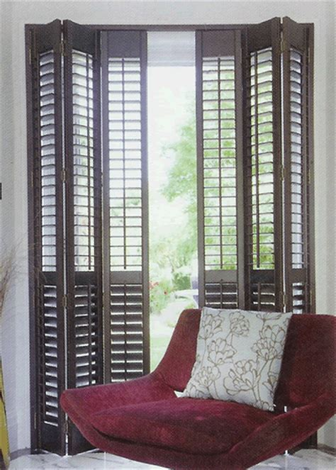 Wooden Shutter Doors Interior by Wooden Plantation Shutters The Contrast Of Color