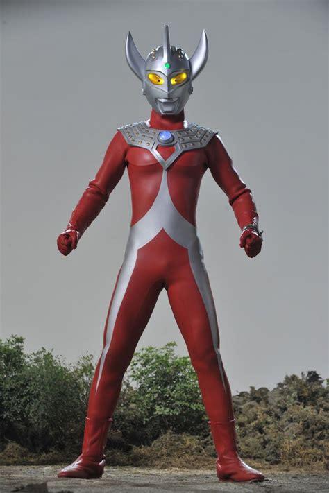 film ultraman paling seru 15 transformasi kostum ultraman dari masa ke masa mana