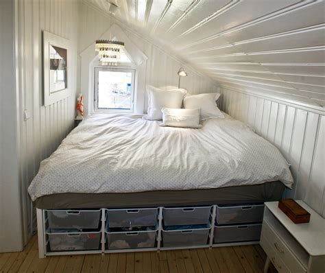 big bed small bedroom ideas project vibes gate nib utfordring oppbevaring