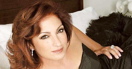 laura pausini meets with jose antonio monroig in new york gloria estefan releases her new album quot the standards