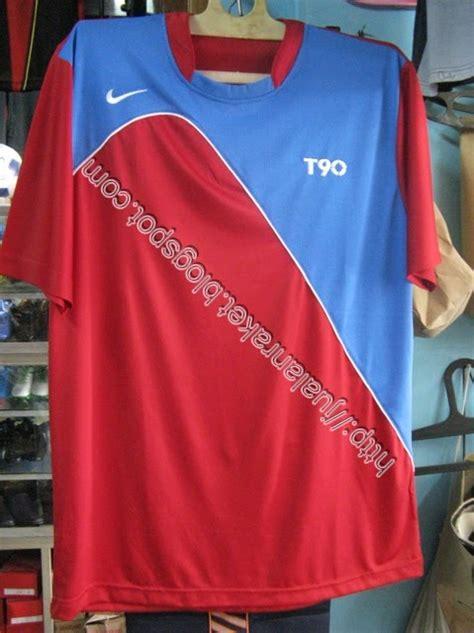 Baju Bola Nike Asli jual raket dan aksesoris olahraga koleksi baju bola nike