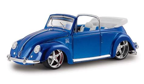 volkswagen car models vw beetle cabriolet diecast model car by maisto 31019bl