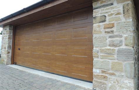 Garage Door Repairs Sheffield by Garage Door Installation Sheffield Garage Doors Kastle