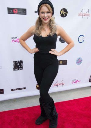 Foundation Ranee renee olstead breaking the chains foundation and glitter magazine annual fall reception