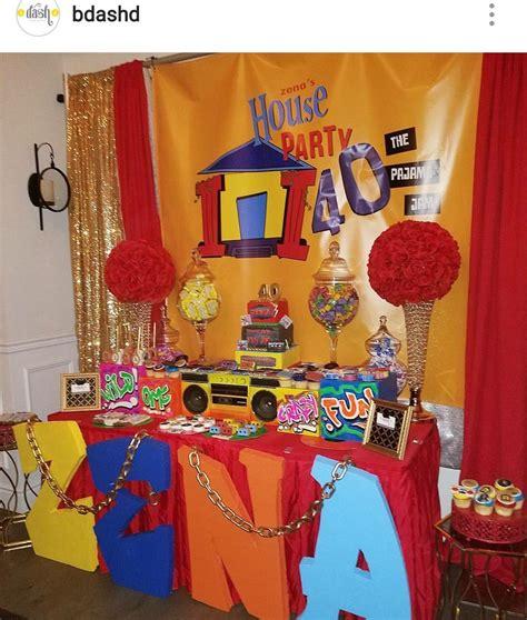 theme  house birthday party dessert table