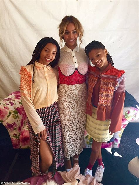 chloe and halle bailey national anthem beyonc 233 and jay z take little bunny blue ivy to the white