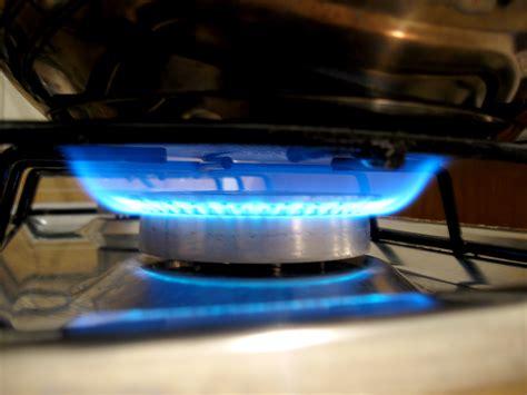 Gasherd Flamme Einstellen by Spart Energie Und Zeit Kochen Auf Dem Gasherd Yello
