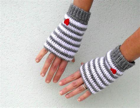 crochet fingerless gloves mittens pdf pattern little by yoghi911
