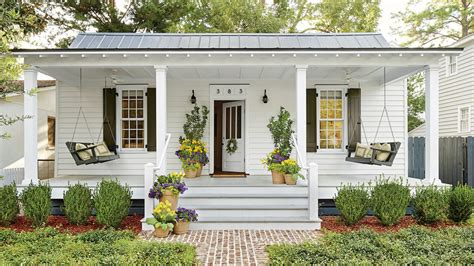One Story House Plans With Porch 6 tips for living in a 660 square foot cottage southern