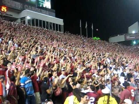 ole miss student section south carolina vs ole miss 4th qtr student section