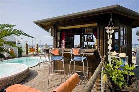 hotel con vasca idromassaggio in rimini hotel con piscina e idromassaggio a torre pedrera hotel